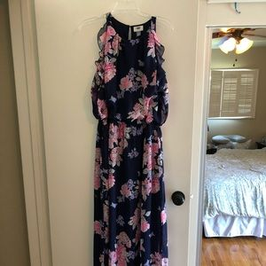 Old navy maxi dress size large tall